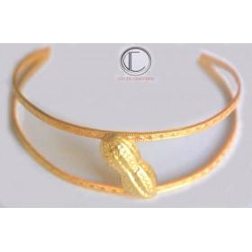 Hat bracelet