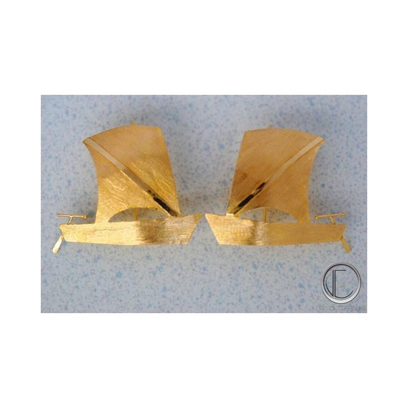 skiff earrings.Gold 750/1000