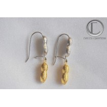 Peanuts Earrings. OR 750/1000