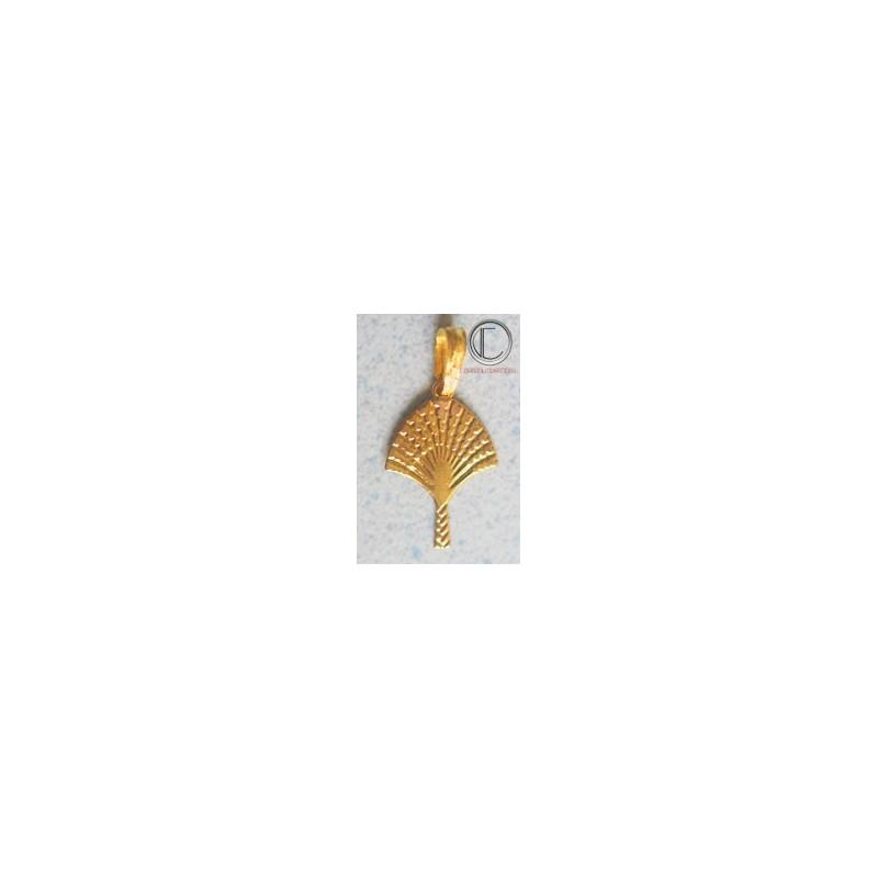 Traveller-tree pendants