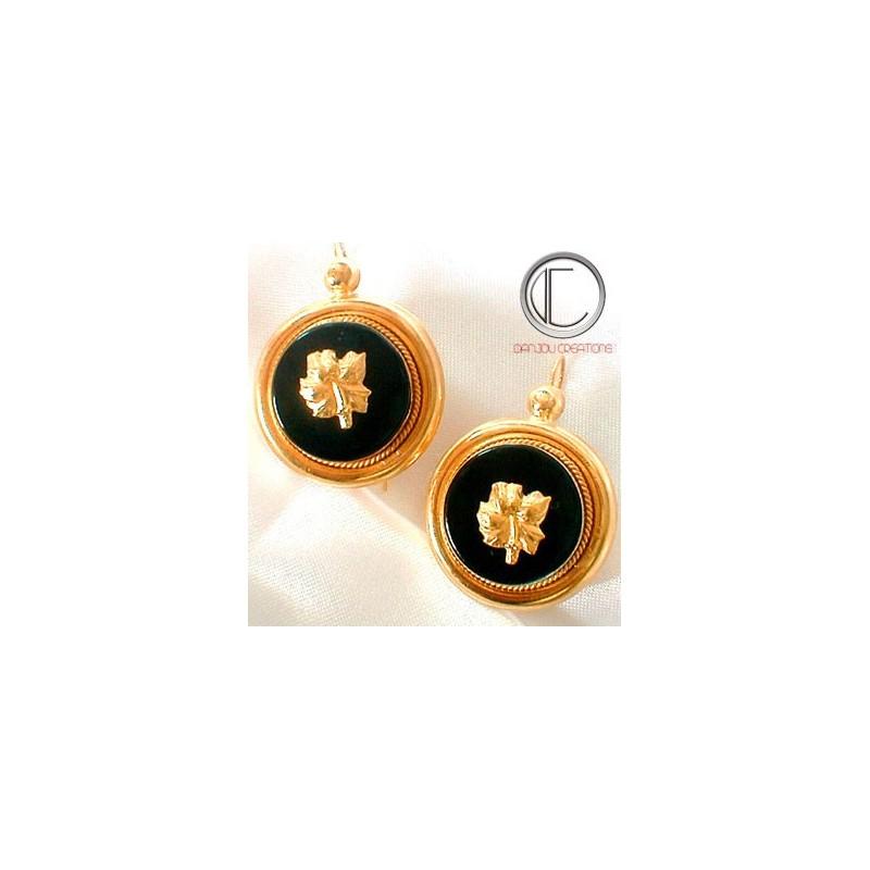 ONYX  EARRINGS.750/1000 GOLD