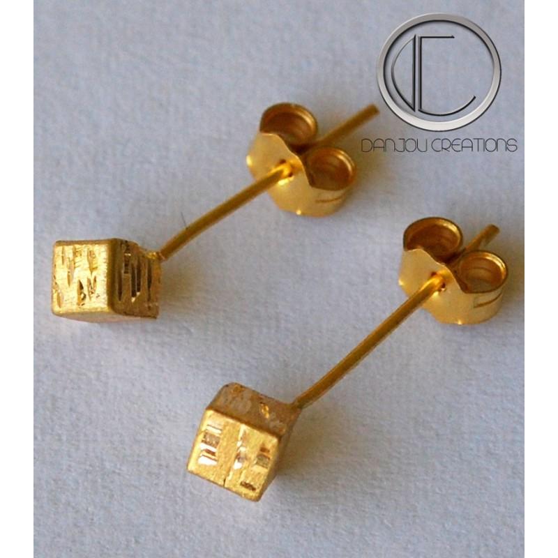 Cubic earrings.Or 750/1000