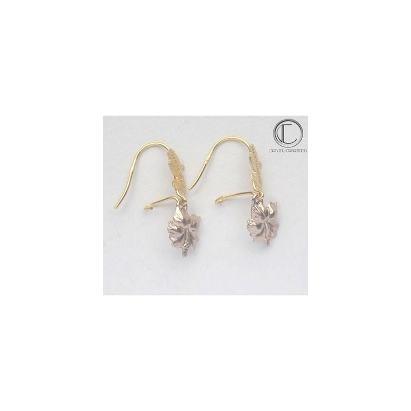 Hibicus Earrings . OR 750/1000