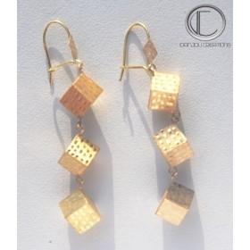 Boucles d' oreilles cubes.Or 750/1000