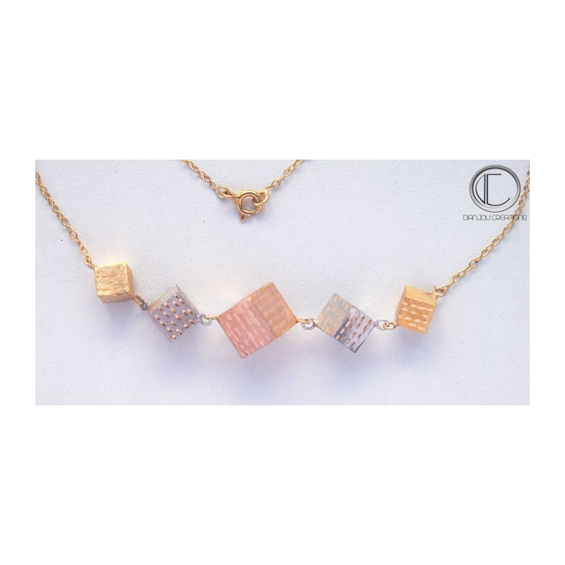 CUBIC NECKLACE .Or 750/1000